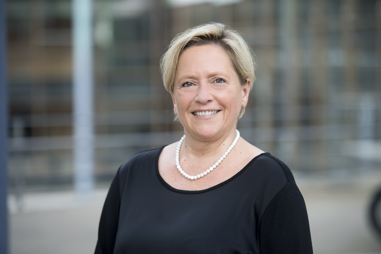 Eisenmann Ministerin